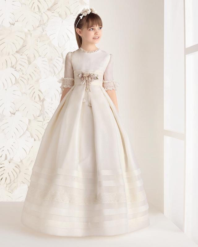 Los vestidos de comunión de Rosa Clará